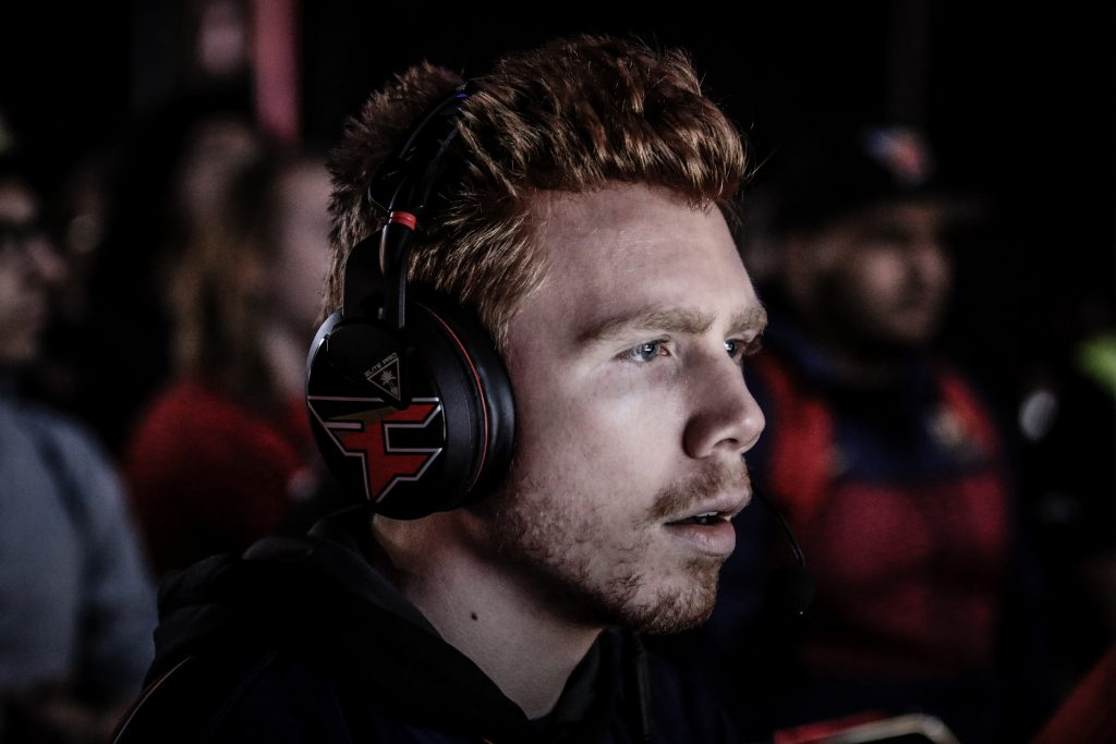 Enable-FaZe-Clan-SCUF