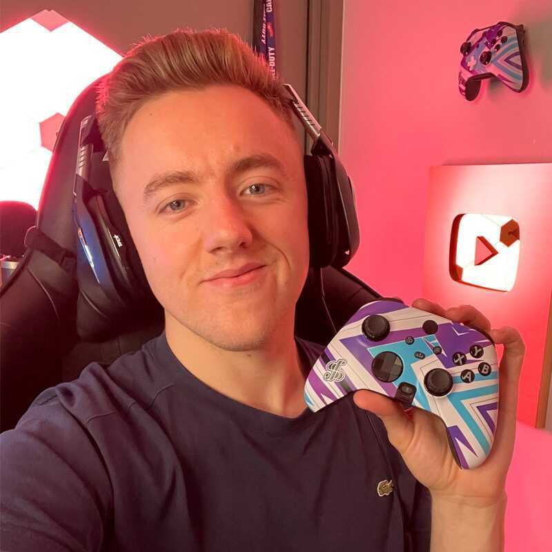Regarded as one of the best snipers in the Call of Duty world, Spratt has made his mark on gaming with surgical precision and mind bending in-game skills.