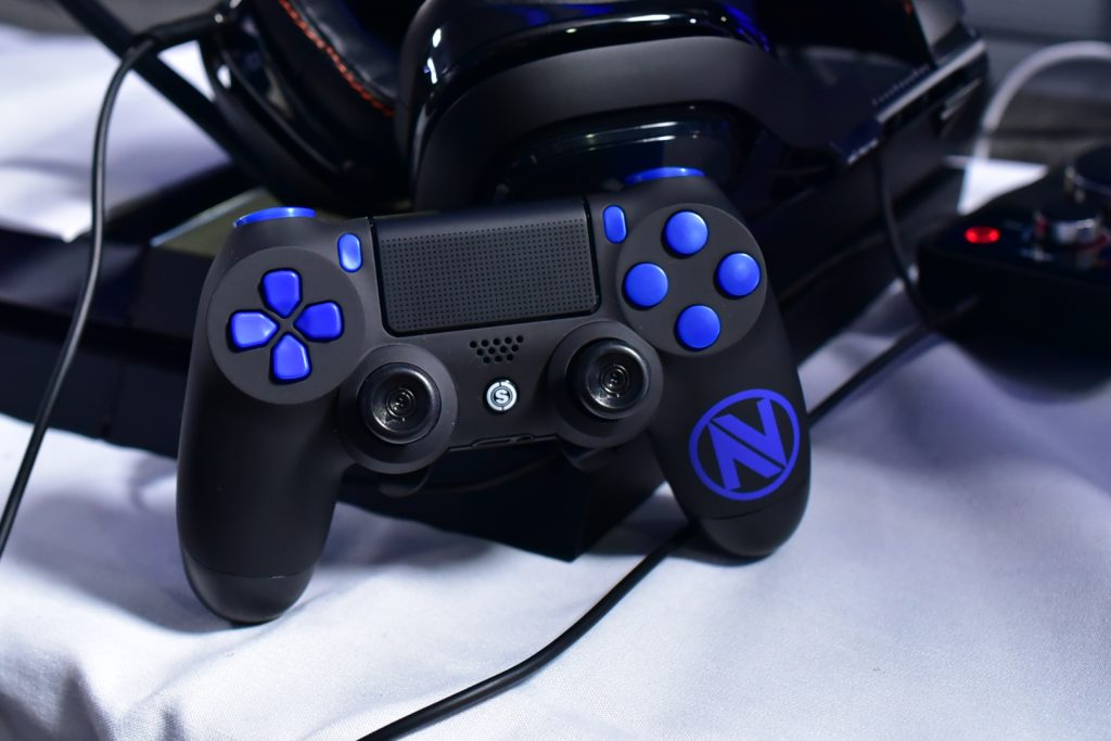 envyus, call of duty, custom controller, esports, esports event, pro gamer, controller accessories, custom ps4 controller, custom xbox one controller