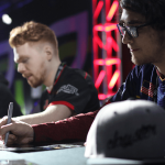 mlg-vegas-faze-clayster-signing-booth