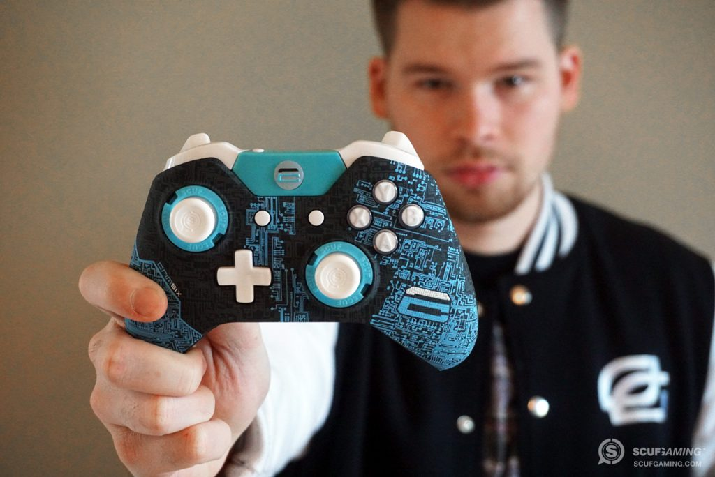 OpTic Crimsix with his custom SCUF Infinity1 professional controller