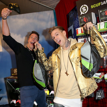 Duncan and Aaron Carter Grammys Gift Lounge
