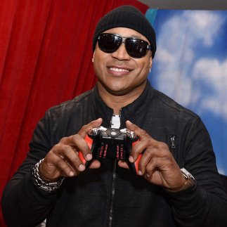 ll cool j SCUF Grammys Gift Lounge